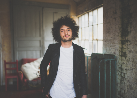 Photo of Billy Lockett featured on Hidden Herd new music blog