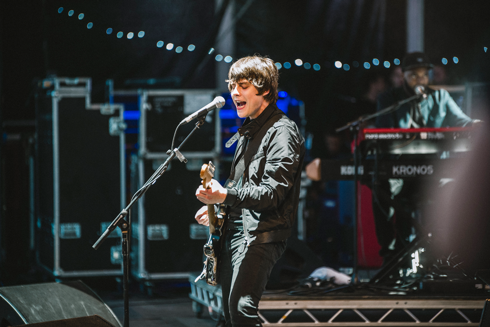 Jake Bugg playing Victorious Festival in Southsea on 25.08.17